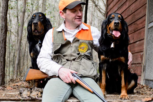 Hunting-Guide-Stephen-Faust-and-one-of-his-Stoneybrook-Gordon-Setters